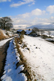 Hillside Farm in snowy Derbyshire by fogz, Photography->Landscape gallery