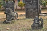 Nandi and Ganapathy by prashanth, Photography->Castles/Ruins gallery