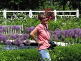 Garden Queen by Hottrockin, photography->people gallery
