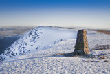 Winter summit of Helvellyn by Leahcim_62, Photography->Mountains gallery