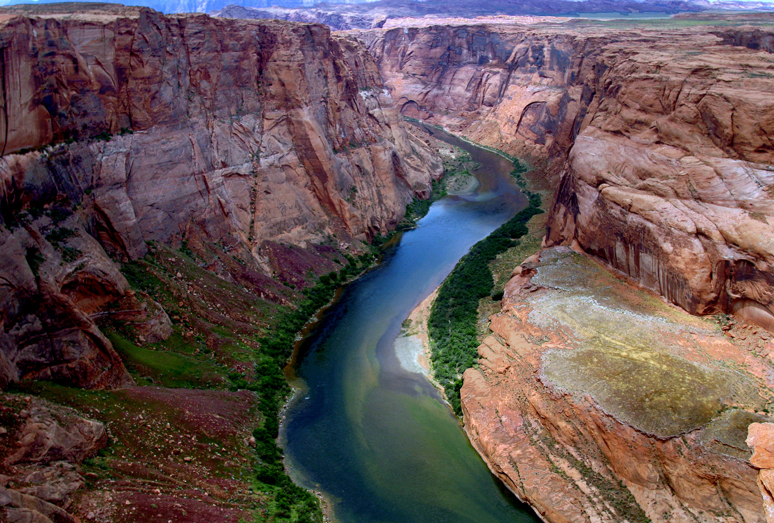 a geographical overview of colorado river