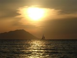 Sailing into the sunset by Trin, photography->sunset/rise gallery