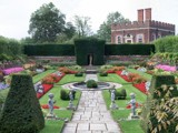 Hampton Court Gardens by LynEve, Photography->Landscape gallery