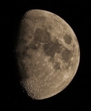 Waxing gibbous moon by Genver, photography->skies gallery