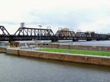 Arsenal Island Bridge 2 by kidder, Photography->Bridges gallery